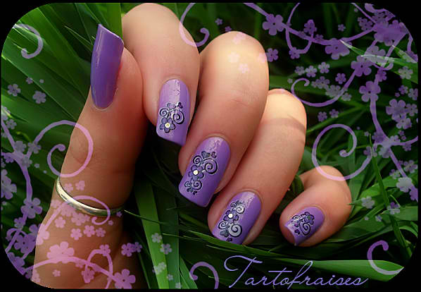 water decal violet 052